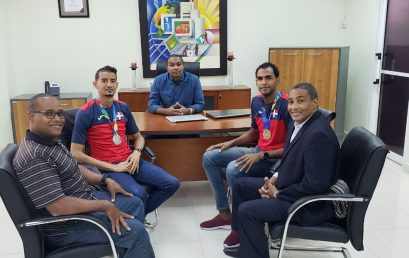 Dos grandes atletas Sanjuaneros visitan UASD – Centro San Juan de la Maguana