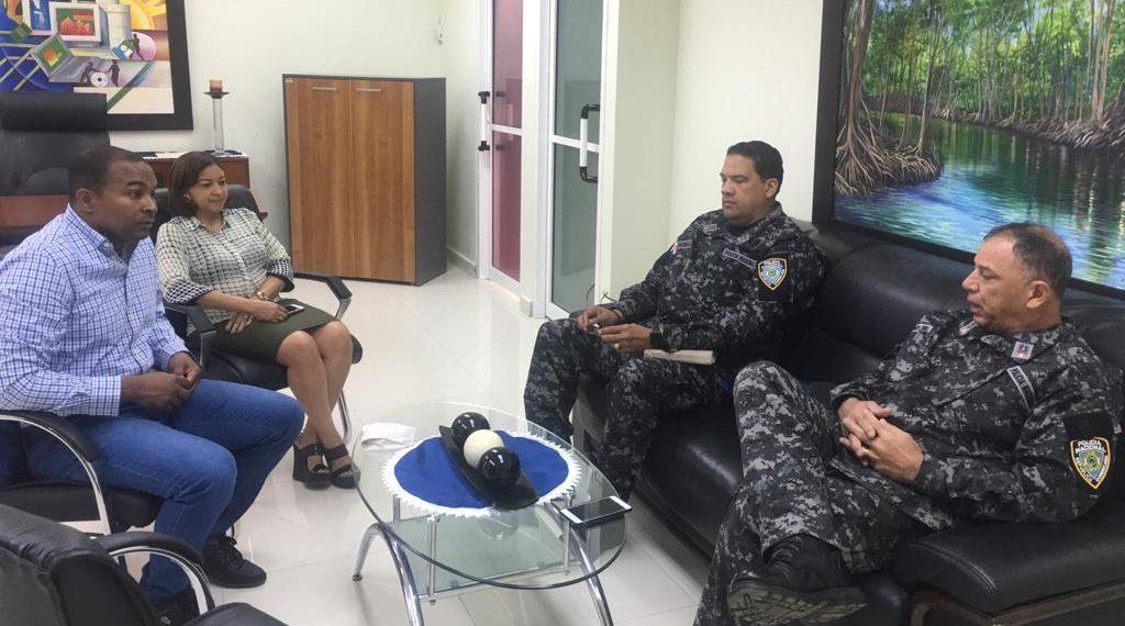 Director UASD – Centro San Juan y Director Regional de la Policía sostienen encuentro; buscan mejorar servicios