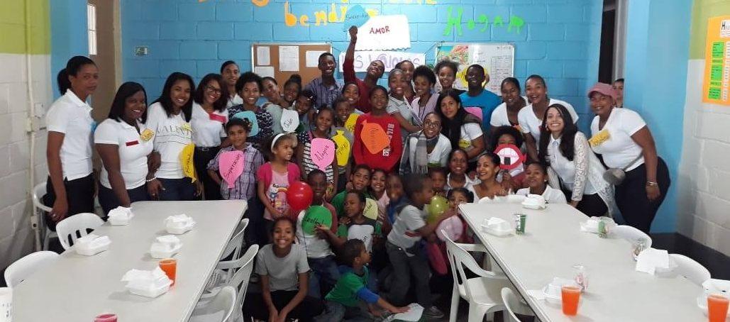 Estudiantes de la UASD San Juan realizan actividad en Centro de Educación Integral
