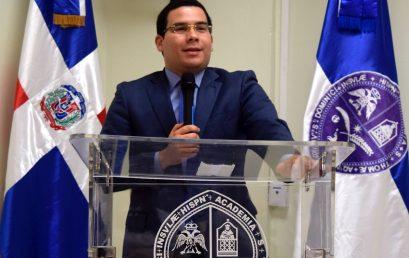 Abogado en Derecho Constitucional y Administrativo Dr. Omar Ramos Camacho dicta conferencia en UASD Centro San Juan.