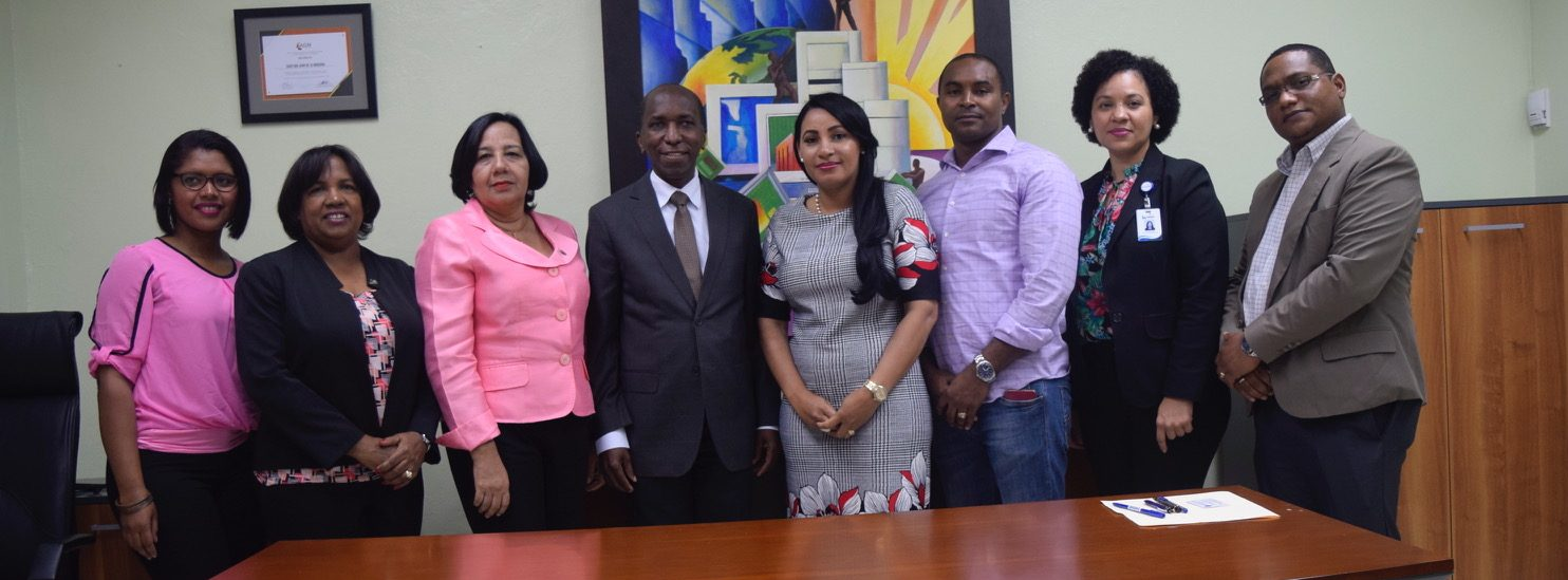 Director UASD Centro San Juan recibe visita del Director de Inafocam