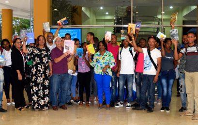 """Dictan conferencia """"Lectura como proceso del ser Humano"""" en UASD Centro San Juan"""