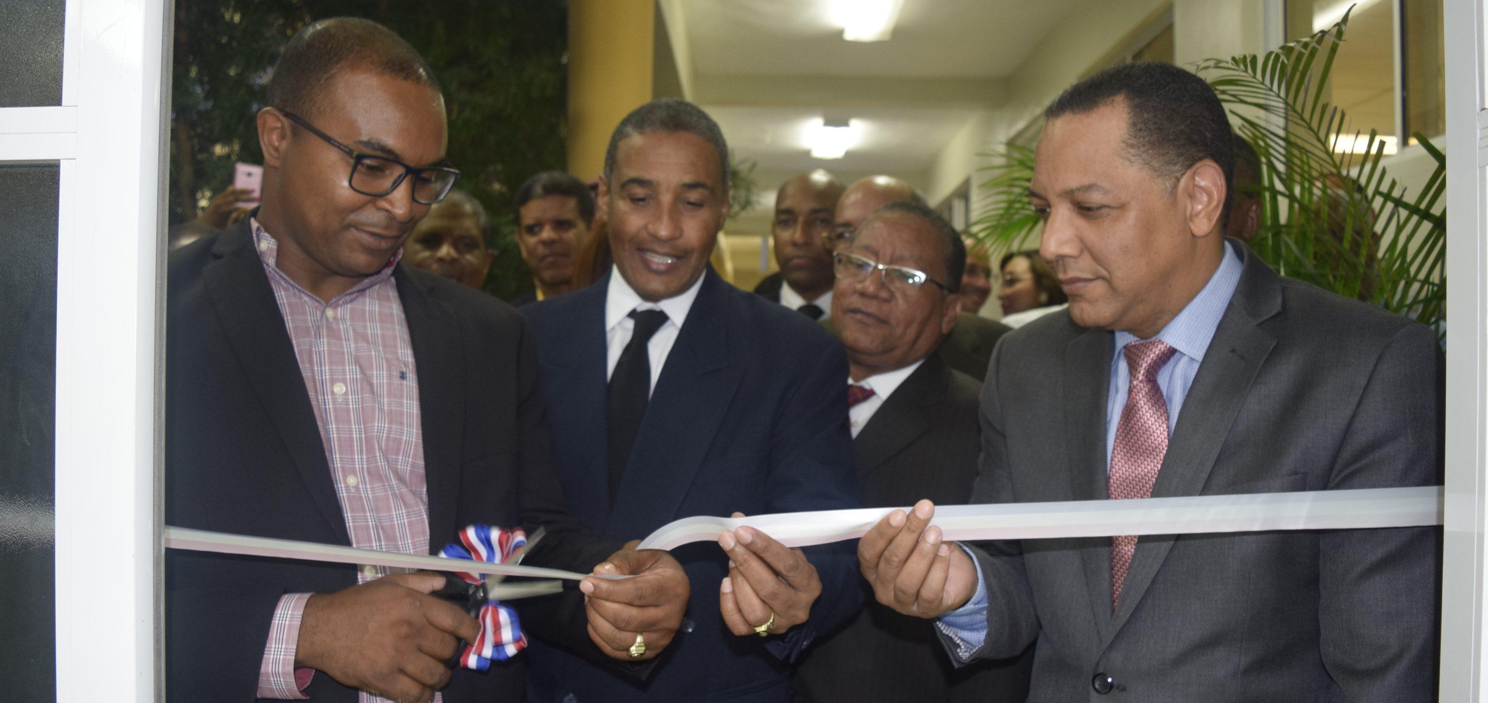 Inauguran Estrado en UASD Centro San Juan de la Maguana; Dictan  conferencia sobre Poder Judicial en República Dominicana