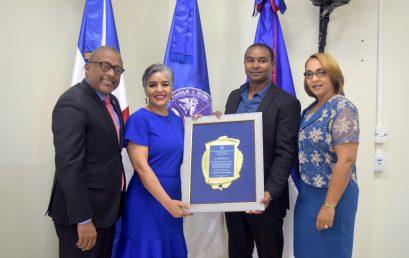 La UASD Centro San Juan de la Maguana reconoce a la Dra. María Garabito Ramírez