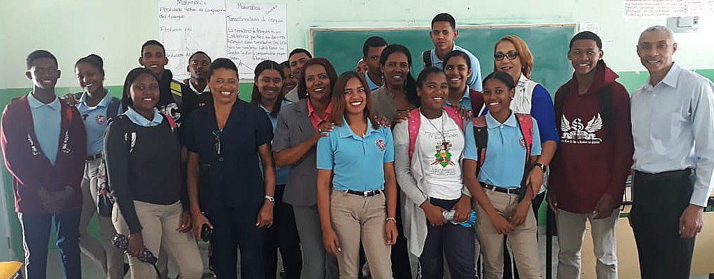 UASD Centro San Juan de la Maguana visita Liceo San Andrés en Vallejuelo