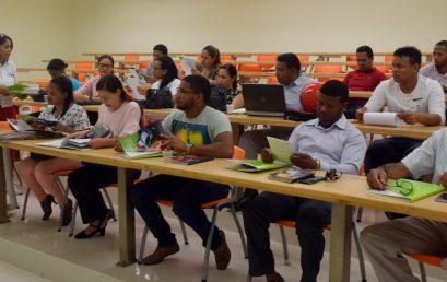Impuestos Internos capacita a técnicos Centro Mipymes UASD San Juan y a empresarios sobre Actualización Tributaria.