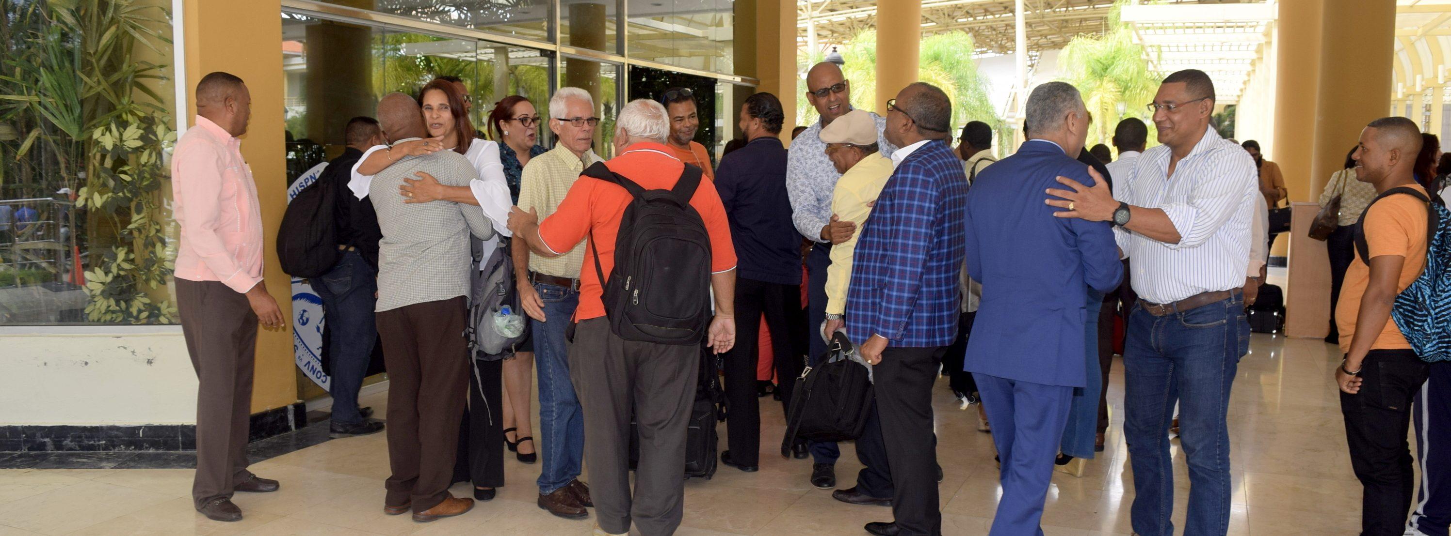 ASOPROUASD San Juan recibe con gran satisfacción y emoción Maestros no residentes.