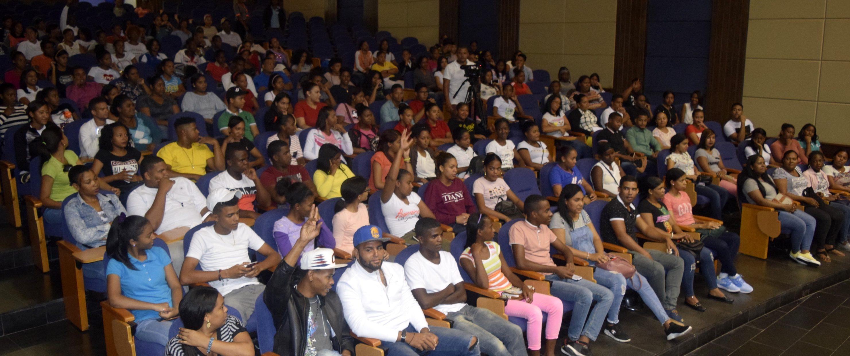 Realizan jornada de Inducción a estudiantes de nuevo ingreso en UASD Centro San Juan de la Maguana.
