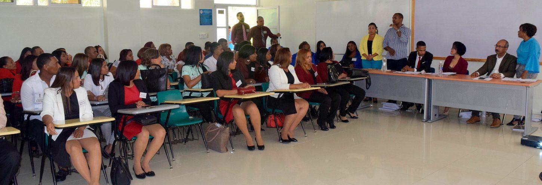 Estudiantes de Ciencias de la Educación presentan trabajo final de Monográfico No. 93, Equivalente a Tesis de Grado.