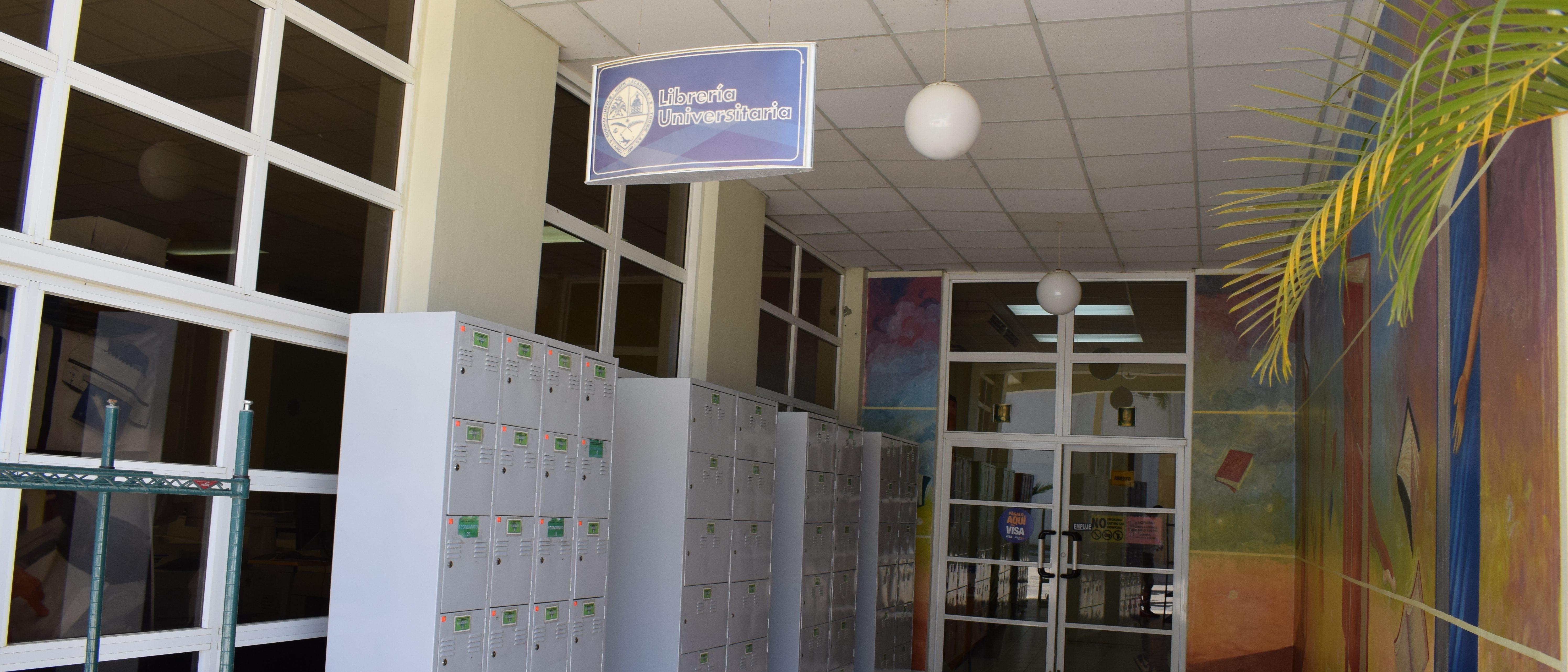 Visita la Librería Universitaria de UASD San Juan