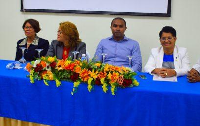 Imparten taller sobre rediseño de planes de estudio con enfoque basado en competencias en UASD San Juan
