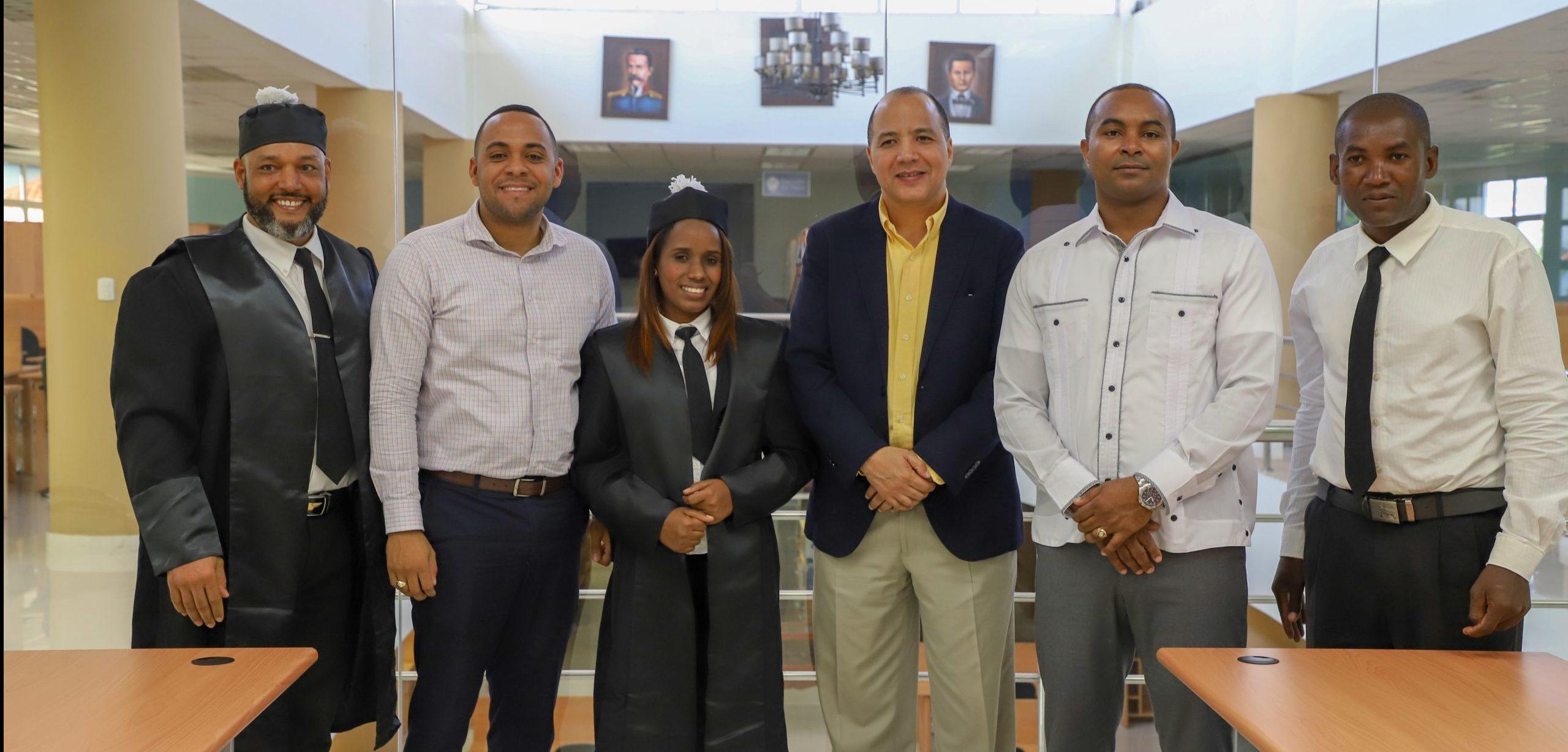 UASD San Juan recibe donativo de togas e investigaciones piloto de criminalidad en sectores locales