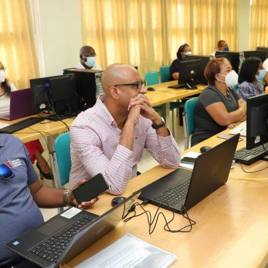 UASD San Juan Fortalece la Virtualidad