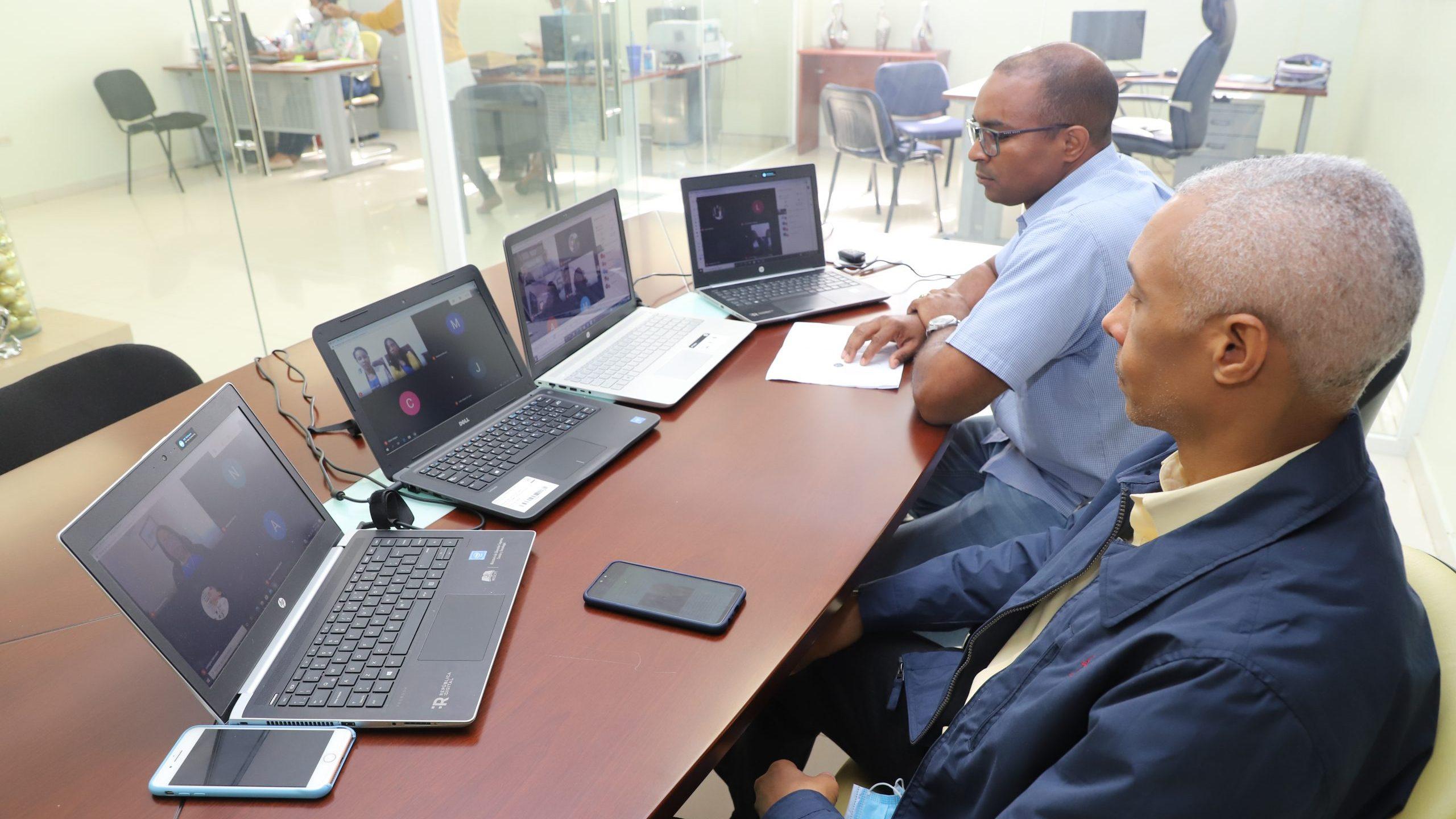 UASD Recinto San Juan de la Maguana realiza evaluación de tesis