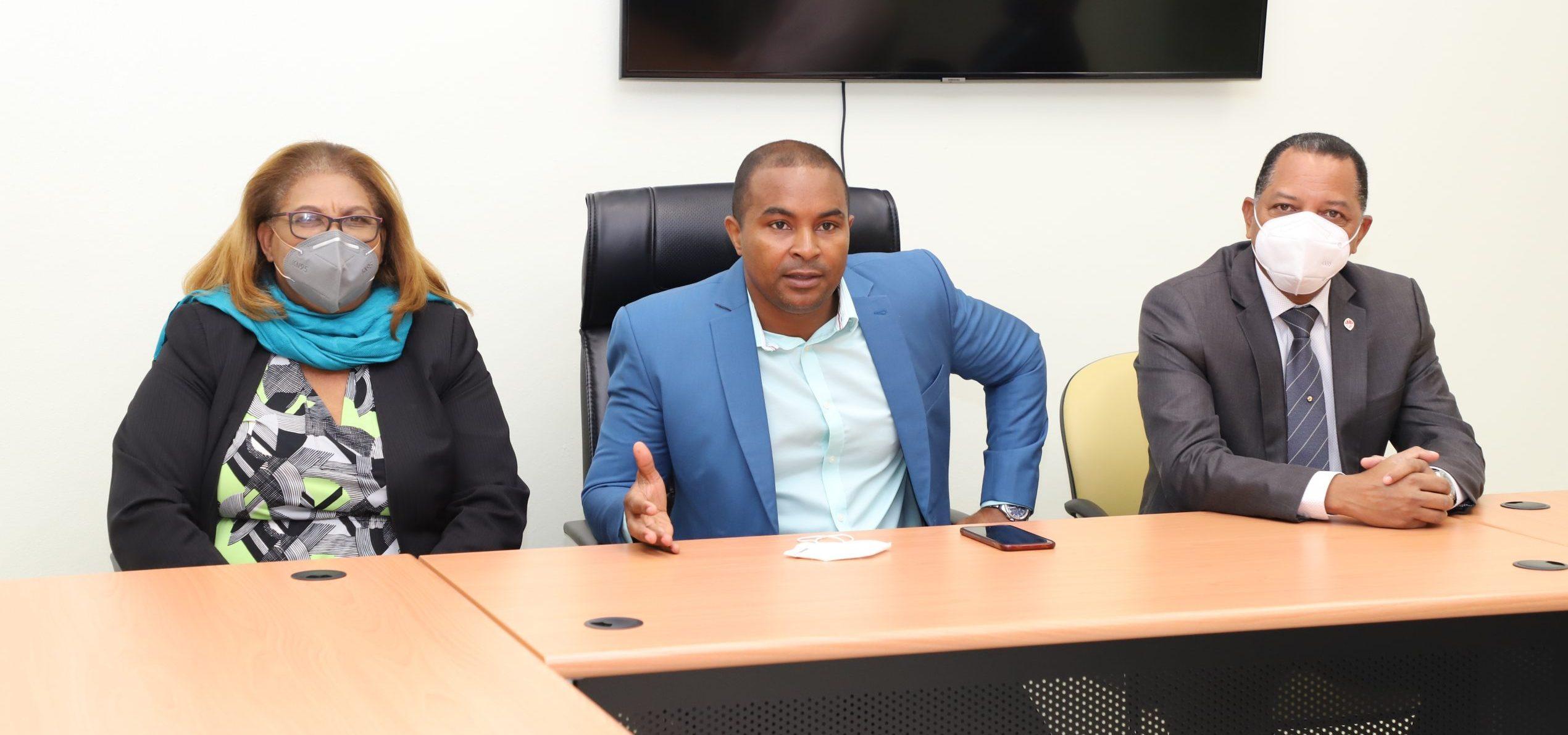 UASD Recinto San Juan de la Maguana recibe visita de los Decanos Dra. Lesly Mejía y Dr. Radhames Bautista López