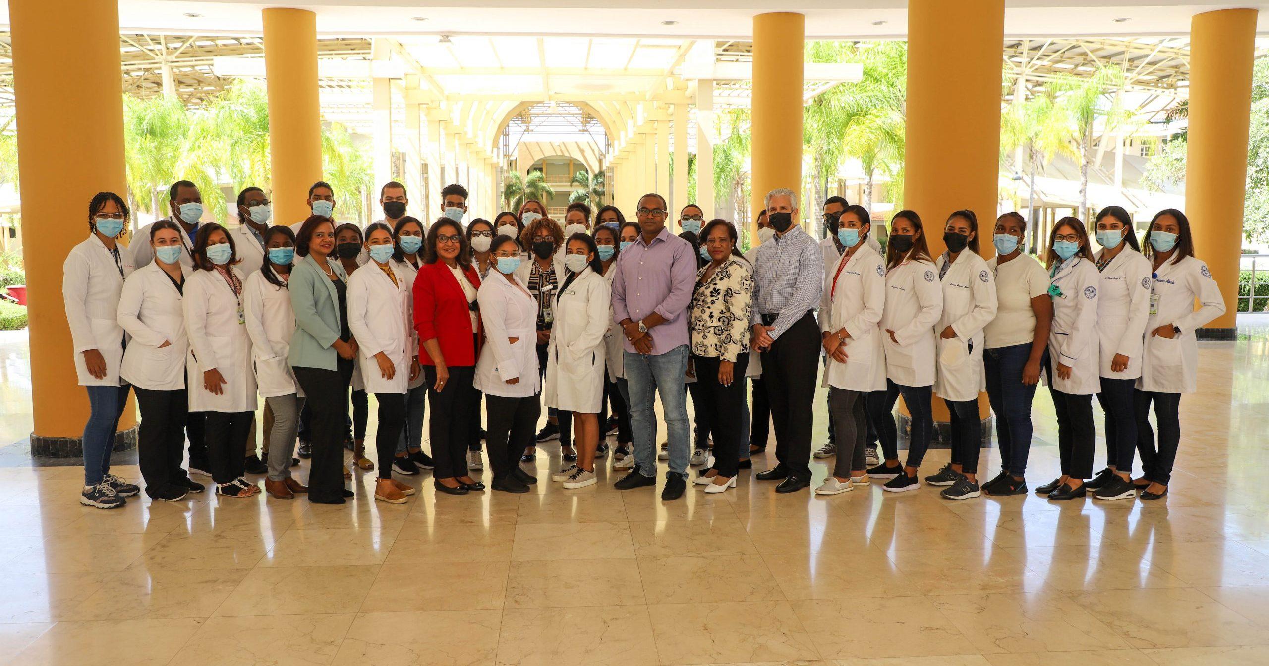 UASD Recinto San Juan recibe primer grupo de estudiantes de medicina para internado rotatorio