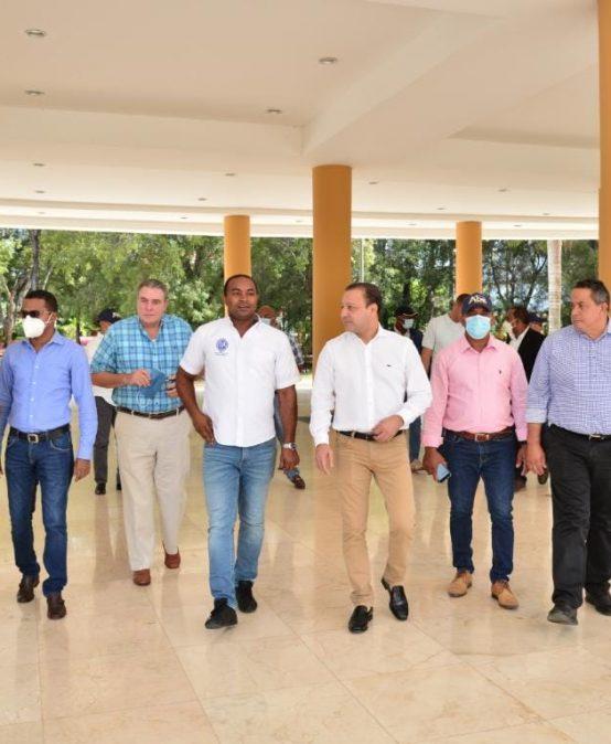 UASD Recinto San Juan recibe visita del alcalde de Santiago, Albel Martínez
